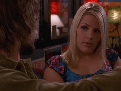 Busy Philipps in una scena dell'episodio Dolce Malinconia della serie Dawson's Creek