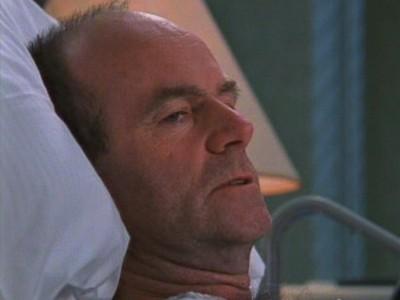 John Finn in una scena dell'episodio Il passato è passato della serie Dawson's Creek