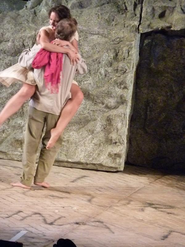 Contursi Paestum LORENZA CAROLEO con ANTONIO ORFANO' in una scena di Upupa My Dream is My Rebel KIng regia di Antonio Orfanò