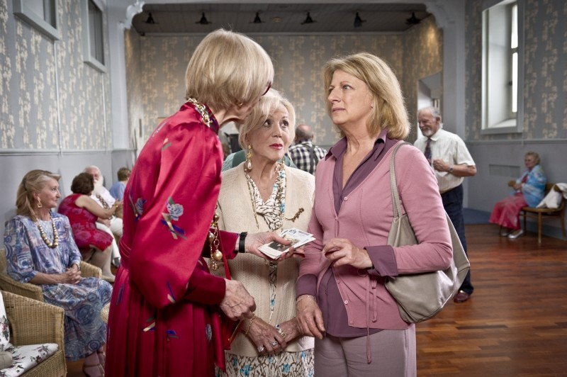 Eva dopo Eva: Angela Finocchiaro con Rosalina Neri in una scena del film