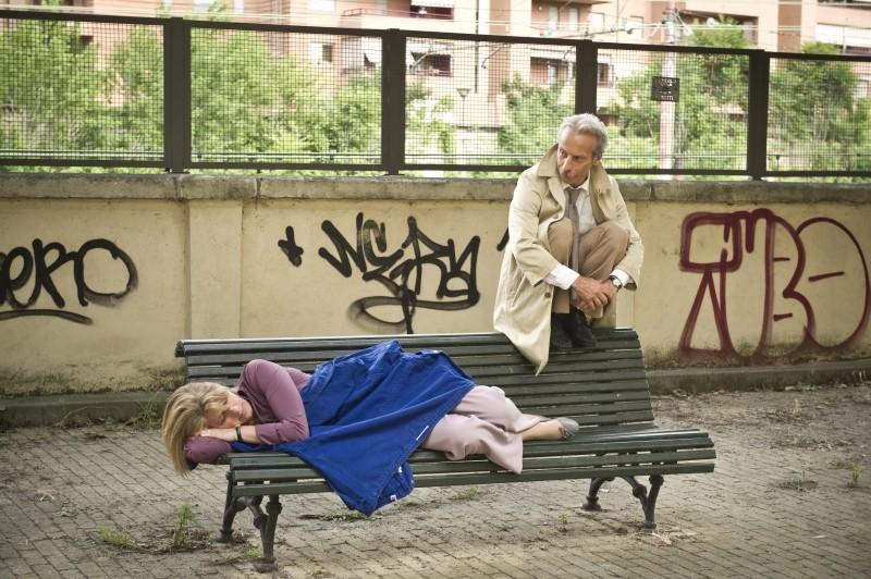 Eva dopo Eva: Angela Finocchiaro e Giovanni Storti in una scena del film