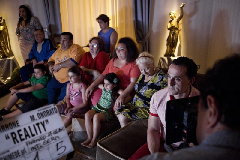 Reality: Aniello Arena e Giuseppina Cervizzi insieme a tutta la famiglia sul set del film