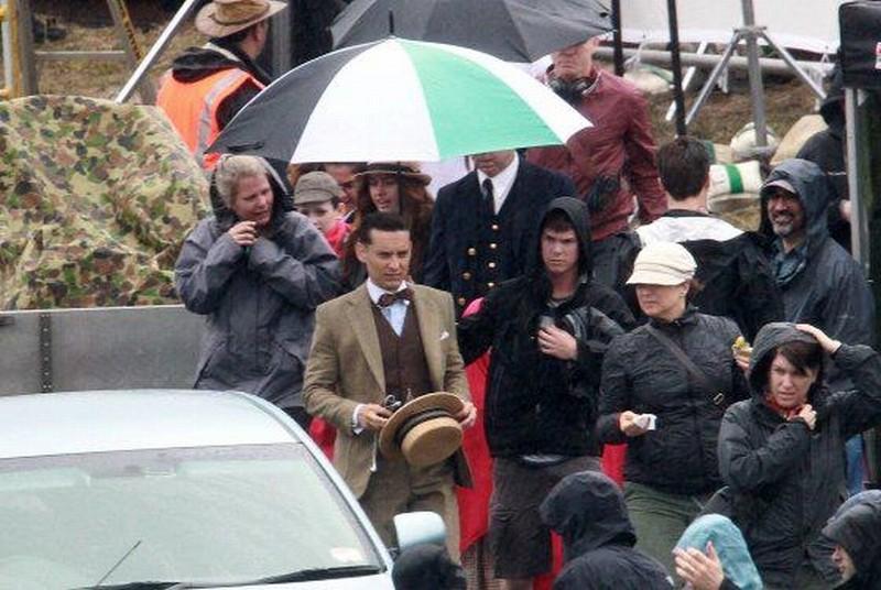Tobey Maguire sul set de Il Grande Gatsby, il nuovo film di Baz Luhrmann