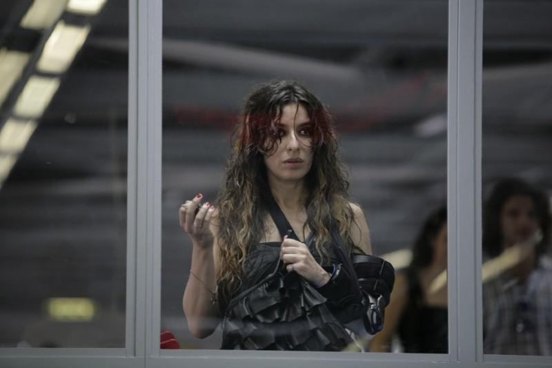 Una donna per la vita: Sabrina Impacciatore sconvolta in una scena del film