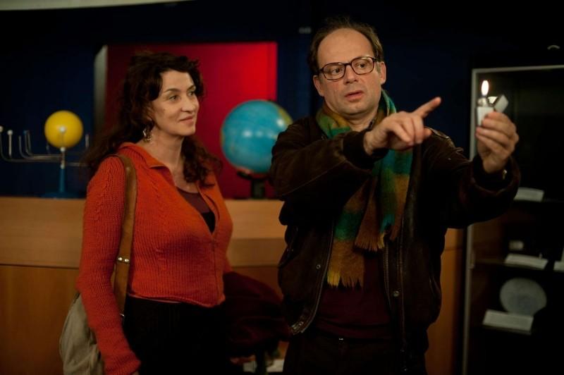 Camille redouble: Noémie Lvovsky e Denis Podalydès in un momento del film