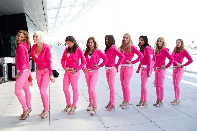 Das Miss Schweiz Massaker: una foto di gruppo tratta dal film