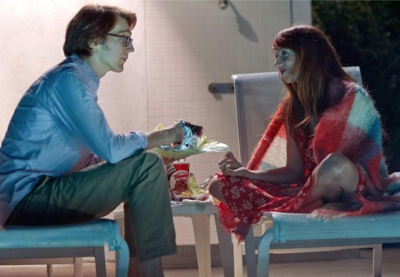 Ruby Sparks: Paul Dano e Zoe Kazan in una scena della commedia romantica diretta da Jonathan Dayton e Valerie Faris