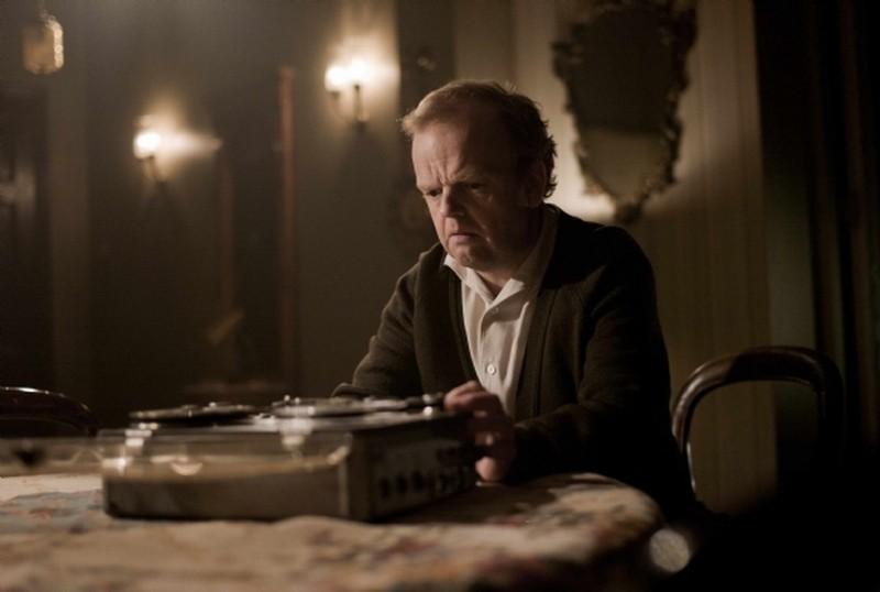 Berberian Sound Studio: il protagonsita Toby Jones in una scena del film