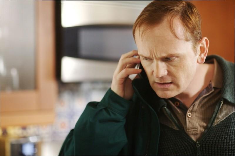 Compliance: Pat Healy in una scena del film