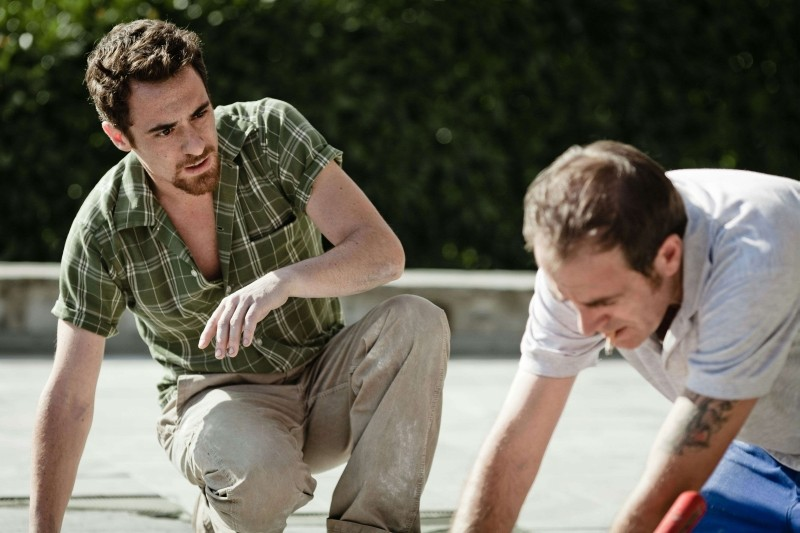 I padroni di casa: Elio Germano e Valerio Mastandrea in una scena del film