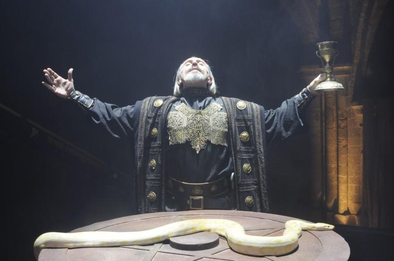 Il cavaliere del Santo Graal: Gary Piquer in una scena tratta dal film