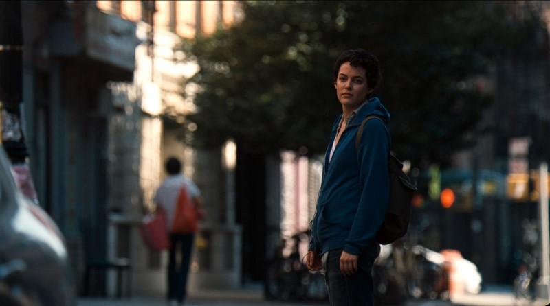 Jack and Diane: Riley Keough in versione mascolina in una scena del film