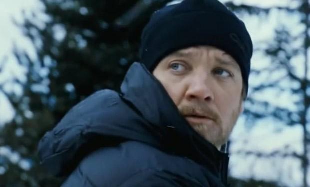 The Bourne Legacy: un primo piano di Jeremy Renner nel nuovo episodio del franchise