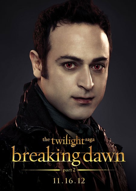 The Twilight Saga: Breaking Dawn - Parte 2: Guri Weinberg nel character poster di Stefan