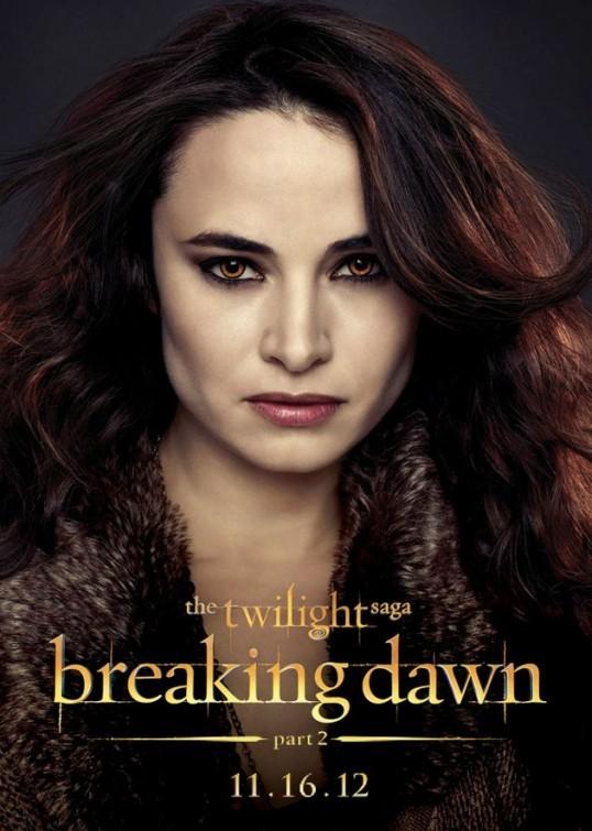 The Twilight Saga: Breaking Dawn - Parte 2: Mía Maestro nel character poster di Carmen