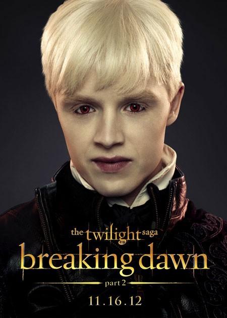 The Twilight Saga: Breaking Dawn - Parte 2: Noel Fisher nel character poster di Vladimir