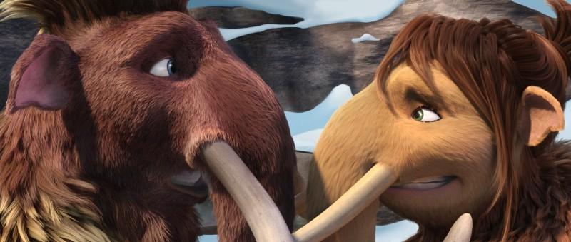 L'era glaciale 4: Continenti alla deriva, Ellie e Manny in una tenera scena del film