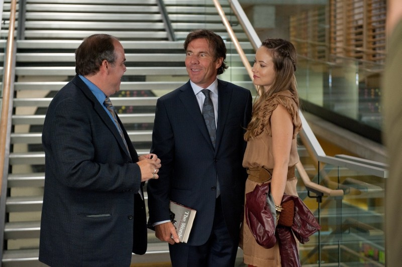 Olivia Wilde con Dennis Quaid in una scena di The Words
