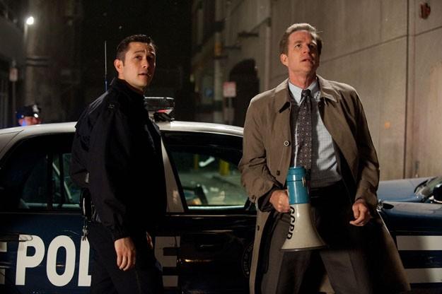 Joseph Gordon-Levitt e Matthew Modine in una scena de Il cavaliere oscuro - Il ritorno