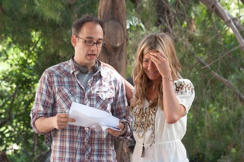Nudi e Felici: Jennifer Aniston con il regista David Wain sul set