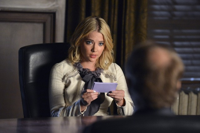 Pretty Little Liars: Ashley Benson nell'episodio Stolen Kisses