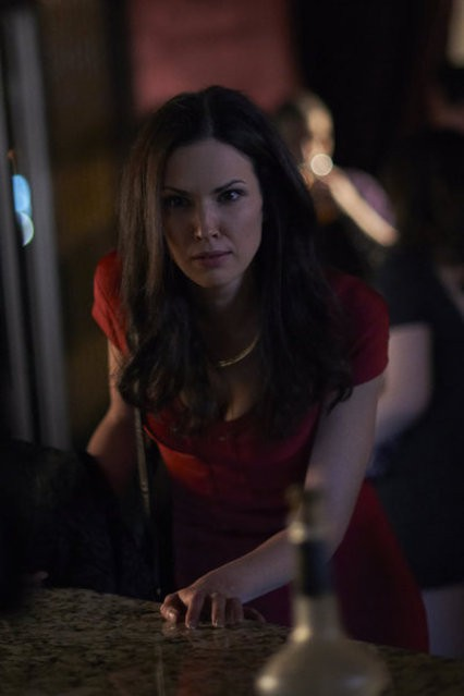 Alphas: Laura Mennell nell'episodio Alpha Dogs