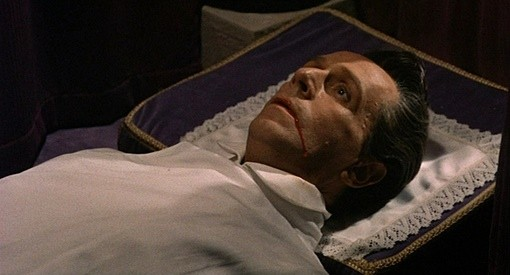 Noel Willman in una sequenza del film Il mistero del castello