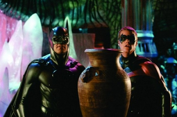 Batman & Robin: George Clooney e Chris O'Donnell in una scena del film