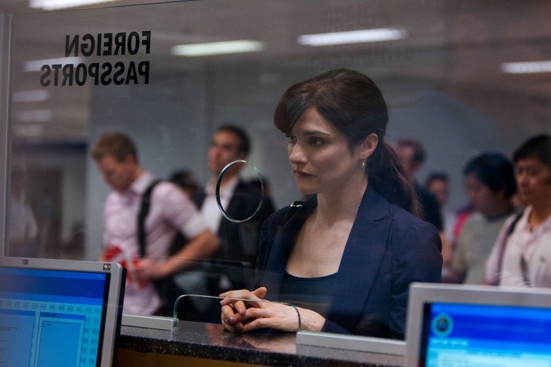 The Bourne Legacy: Rachel Weisz in un momento del film