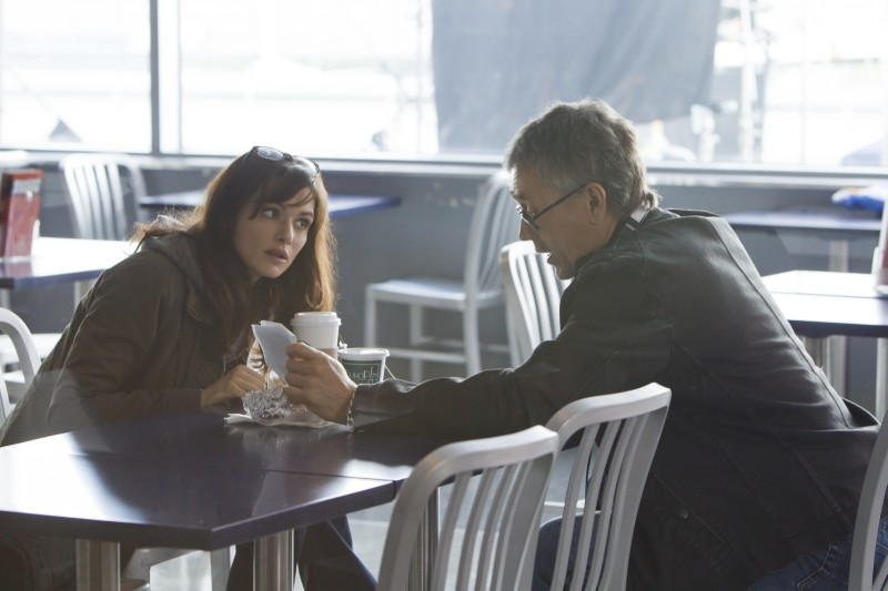 The Bourne Legacy: Rachel Weisz sul set del film con il regista Tony Gilroy