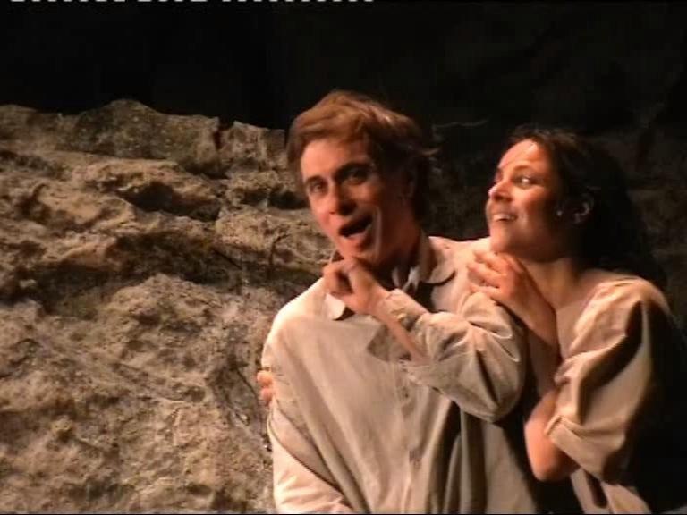 Torino-Teatro Carignano - Antonio Orfanò con Lorenza Caroleo in Upupa My Dream is My Rebel King