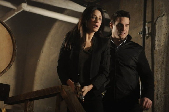 Warehouse 13: Eddie McClintock e Joanne Kelly nell'episodio A New Hope