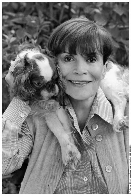 Franca Valeri con il suo cane