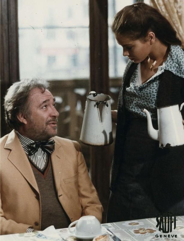 Primo amore: Ugo Tognazzi con Ornella Muti in una scena del film