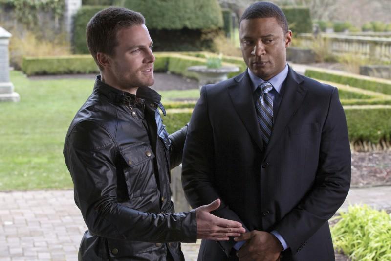 Arrow: David Ramsey e Stephen Amell nel pilot della serie CW