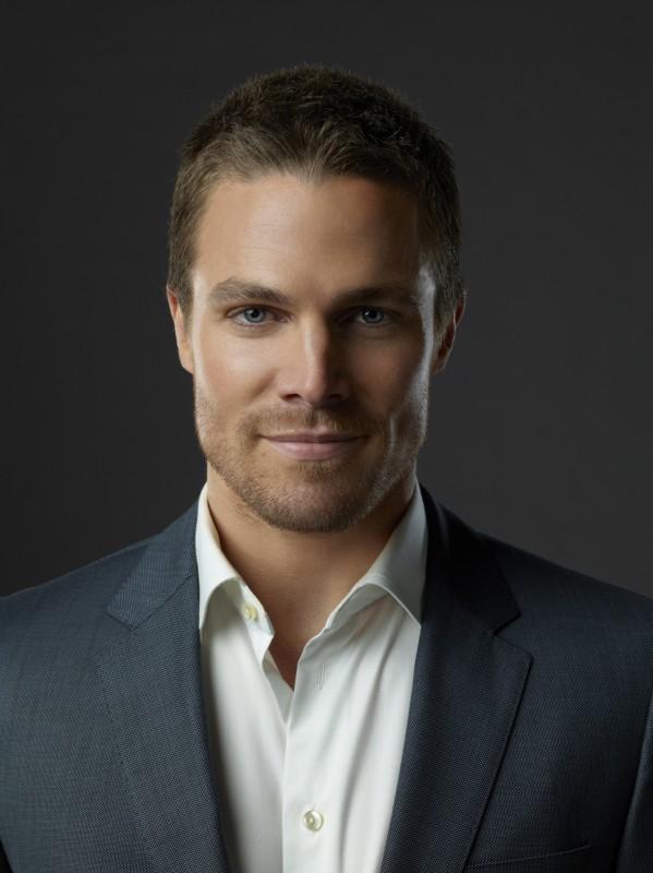Arrow: Stephen Amell in una foto promozionale della serie