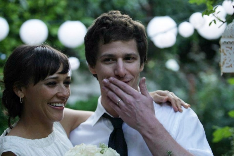 Celeste and Jesse Forever: Andy Samberg accanto a Rashida Jones in una scena