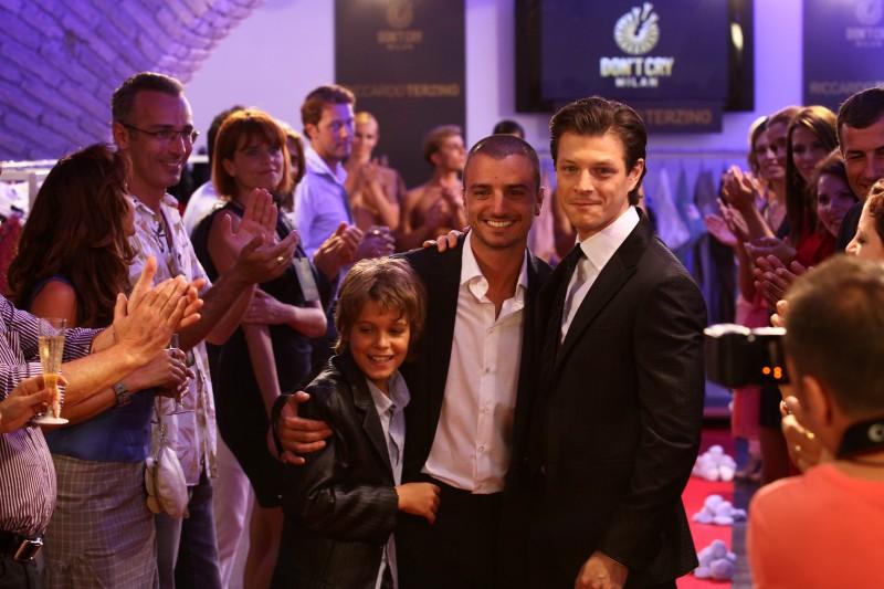Nicolas Vaporidis, Andrea Bosca e Lorenzo Zurzolo in una foto promozionale di Outing - Fidanzati per sbaglio