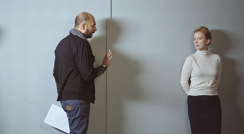 Betrayal: il regista Kirill Serebrennikov insieme alla protagonista Franziska Petri sul set