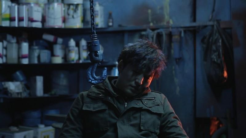 Pietà: Lee Jung-jin in un momento di disperazione del film
