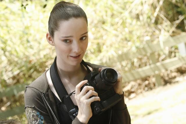 Bunheads: Emma Dumont nell'episodio Inherit the Wind
