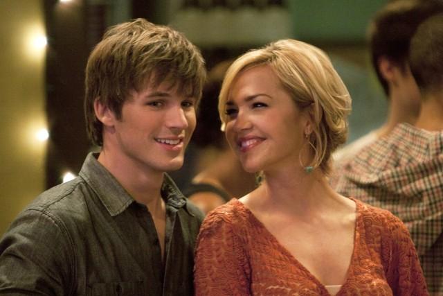 90210: Matt Lanter ed Arielle Kebbel nell'episodio Trust, Truth and Traffic