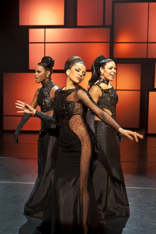 Tika Sumpter, Carmen Ejogo e Jordin Sparks nel musical Sparkle
