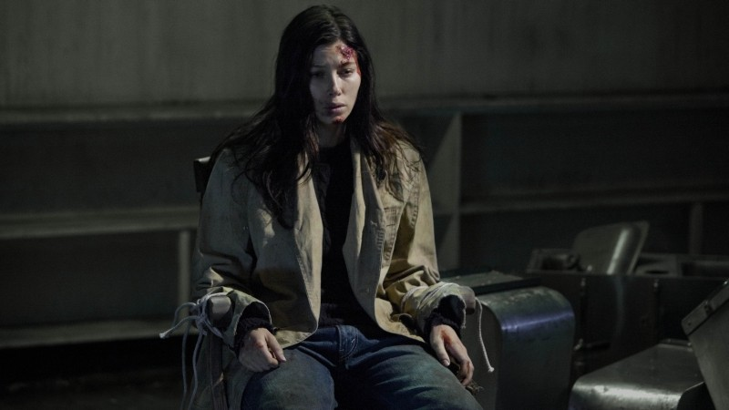 I bambini di Cold Rock: Jessica Biel prigioniera del 'cattivo' in una scena del film