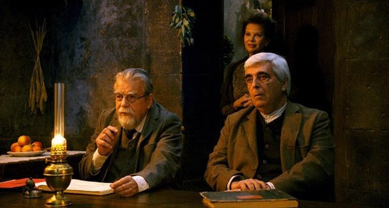 Gebo e l'ombra: Claudia Cardinale, Luís Miguel Cintra e Michael Lonsdale in una scena del film