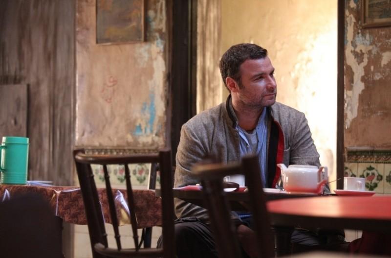 The Reluctant Fundamentalist: Liev Schreiber in una scena del film