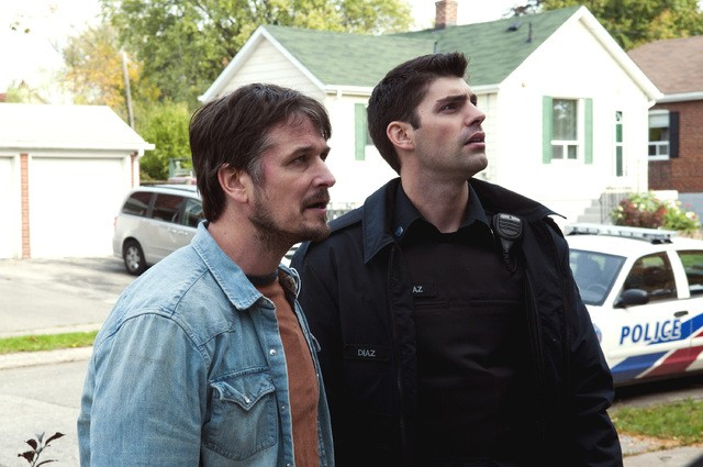 Rookie Blue: Travis Milne e Jonathan Goad nell'episodio Messy Houses