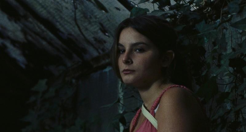Francesca Riso in una scena de L'intervallo