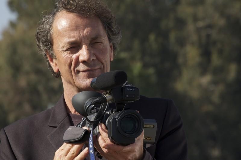 Water: Mohammad Bakri, uno dei registi palestinesi del film collettivo, in un'immagine promozionale
