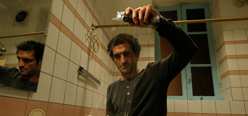 Winter of discontent: Amr Waked in un momento del film